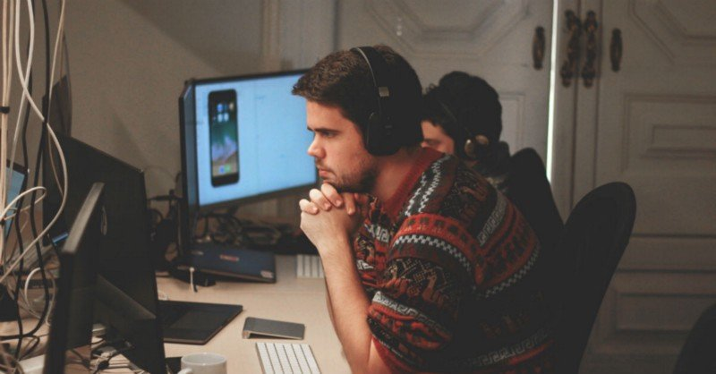 Become a web developer: the professional of the future