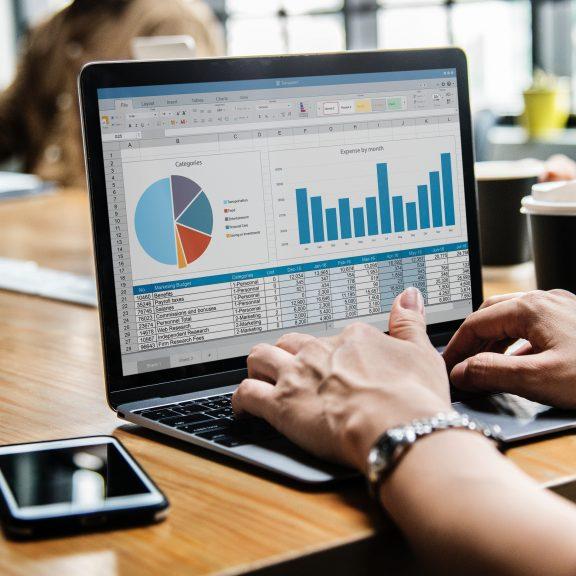 Fórmate como Data Analyst y cambia tu futuro profesional